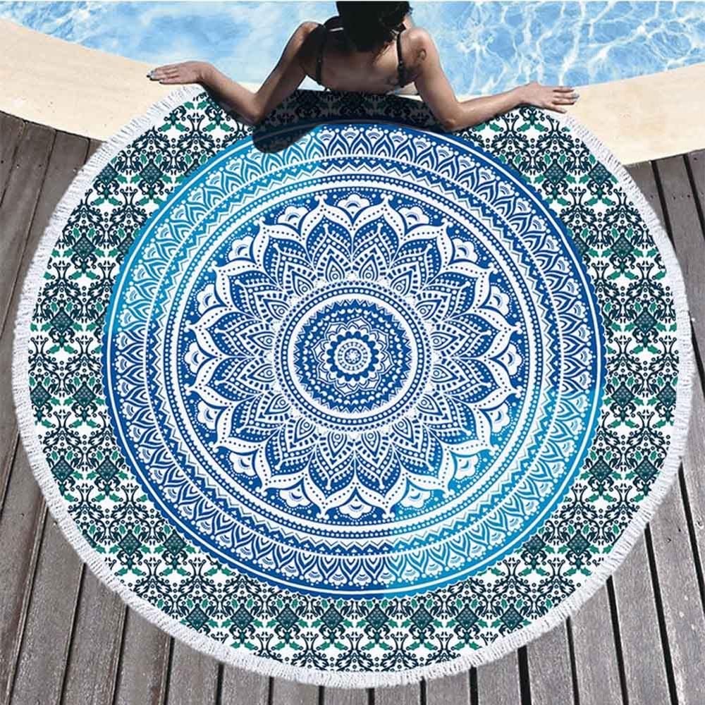 Mandala strandlaken blauw groen bij zwembad